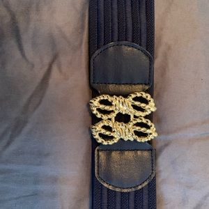 EUC Lilly Pulitzer navy and gold belt size m/l
